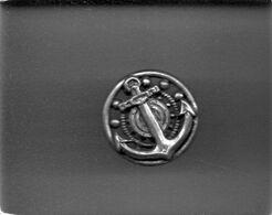 Militaria - Bouton Ancre De Marine - Ajouré - Doré - - Buttons