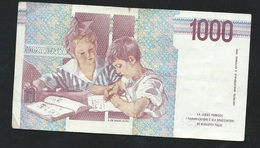 Italie - Italia - Billet 1000 Lire -  3/10/1990  - FE 378283 B   - LAURA 5304 - [ 2] 1946-… : Républic