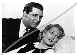 Postcard   REPRODUCTION   Cary Grant And Thelma Todd In This Is The Night (1932)   Cinema   Actors - Actores