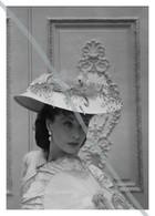 Postcard   REPRODUCTION   Vivien Leigh In Anna Karenina (1948)   Cinema   Actors - Actores