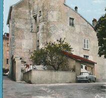 Simca Aronde P60 Citroen DS - BELLAC - La Tour XV° Siècle Photo Véritable Colorisée Circulé 1970 - PKW