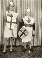 FAMILIE  UIT  LINCE     -  GEMEENTE  SPIMONT   PROVINCIE   LUIK  - 1935   -   12 OP  9  CM - Ohne Zuordnung
