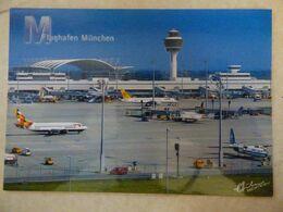AEROPORT / AIRPORT / FLUGHAFEN   MUNCHEN AIRPORT     /  ATTENTION CARTE GRAND FORMAT - Aeródromos