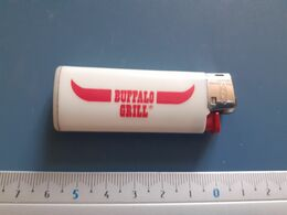 Briquet Publicitaire Usagé  - Bic - Buffalo Grill - Autres
