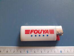 Briquet Publicitaire Usagé  - Bic - Fouya - Andere