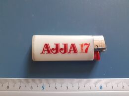 Briquet Publicitaire Usagé  - Bic - AJJA 17 - Andere