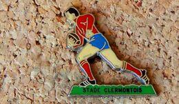 Pin's RUGBY Joueur équipe Stade Clermontois (63)  - émaillé à Froid époxy - Fabricant BERAUDY VAURE - Rugby