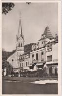 Larochette - Place Du Marché Avec église - Larochette