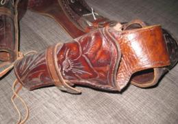 Ancien Double Holsters Western En Cuir - Decorative Weapons