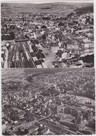 THEMES - CHEMINS DE FER - SNCF - 57 SARREGUEMINES - GARE VUE AERIENNE - 2 CARTES - Stations With Trains
