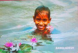 Bangladesh, A Little Girl With An Innocent Smile.. - Bangladesh