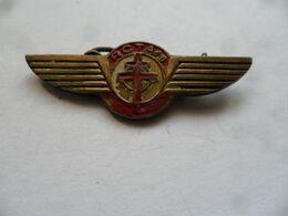 """(Militaria - Aviation) - Insigne Type Broche """"R.C.T.A.M. + Croix De Lorraine"""" -Réseau Central Transport Aérien Militaire - Forze Aeree"""