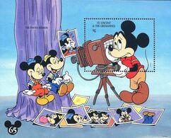 MWD-BK6-377-3 MINT PF/MNH ¤ ST VINCENT BLOCK  ¤ 65th ANNIVERSARY OF MICKEY MOUSE - Disney
