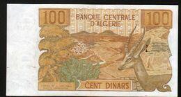 Algerie, Billet De 100 DINARS, 1-11-1970 - B044 - Algeria
