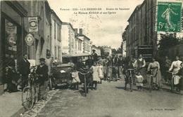 VENDEE  LES HERBIERS  Route De Saumur La Maison RAGGER Et Ses Cycles - Les Herbiers