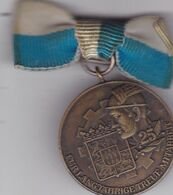 DEUTSCHLAND  -   MEDAL  FUR LANGJAHRIGE TREUE MITARBEIT --  INDUSTRIE UND HANDELSKAMMER FUR MUNCHEN UND OBERBAYERN - Tokens & Medals