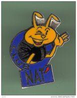 CLUB NAT' *** 033 - Pin's & Anstecknadeln