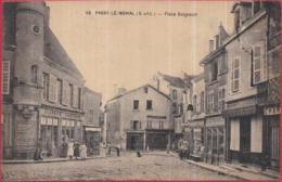 Dépt 71 - PARAY-LE-MONIAL - Place Guignault - Animée, Commerces - Paray Le Monial