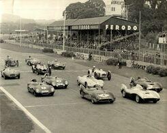 LOTI  IN RACE 1 GOODWOOD MEMBERS MEETING 1956    21*16CM MOTOR RACING RACE Car Course D'automobiles - Auto's