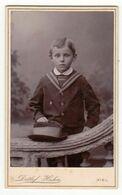 CDV Photo Foto Um 1890 - Detlef Hahn, Kiel - Hübscher Kleiner Knabe Mit Hut - Old (before 1900)