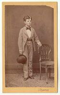 CDV Photo Foto Um 1875 - J. Ruwner, Wien - Hübscher Halbwüchsiger Knabe / Junger Mann Im Anzug - Old (before 1900)