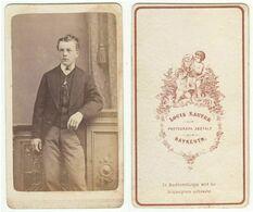 CDV Photo Foto Um 1870 - Louis Sauter, Bayreuth - Junger Mann, Gute Rückseite - Old (before 1900)