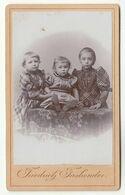 CDV Photo Foto Um 1900 - Friedrich Fasbender, Unter-Barmen - 3 Süße Geschwister, Mädchen - Old (before 1900)