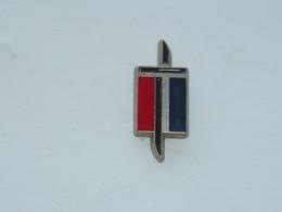Pin's ARMEE DE TERRE B - Army