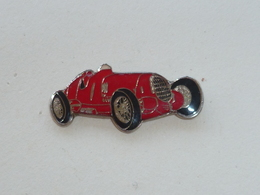 Pin's ALFA ROMEO 12C, GRAN PREMIO 1937 - Alfa Romeo