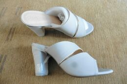 Neuf - Chaussures Femme Sandales Mules écru Beige Gris Taupe T 37 Talon Haut - Accessories