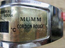 MUMM CORDON ROUGE TEMPERATURE DE SERVICE CHAMPAGNE BOURGOGNE BLANC BEAUJOLAIS BOURGOGNE ROUGE BORDEAUX ROUGE - Swizzle Sticks