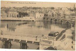 18 -  VIERZON  - Bassin Du Canal , Pont De Bois  139 - Vierzon