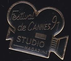 66767- Pin's.Cinéma.studio Magazine.Festival De Cannes. - Cinema