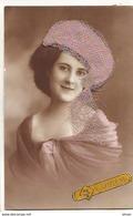 N°14756 - Sainte-Catherine - Photo D'une Femme Portant Un Chapeau Parme Avec Un Voilette - St. Catherine