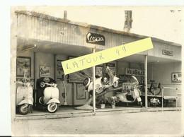 NARBONNE   Magasin  Rapid Moto  Vespa  VELO SOLEX ..archive Narbonne Moto Club 1946  1950 - Motorfietsen