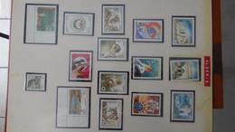 L17 Collection Afrique Dont Algérie, Maroc Et Tunisie En Timbres Et Blocs ** - Postzegels