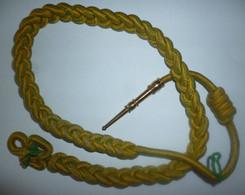 FOURRAGERE Simple Médaille Militaire - Verte Et Jaune , Ferret Doré - Autres