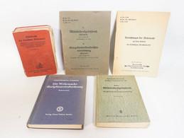 Konvolut Alte Militär Gesetzbücher Strafrecht Der Wehrmacht Disziplinarstrafordnung Usw. - 5. Guerre Mondiali