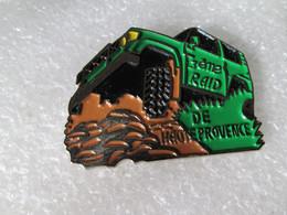 PIN'S    TOYOTA  LAND CRUISER   3eme RAID  DE HAUTE PROVENCE    Email A Froid - Toyota