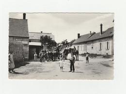 CPSM:BLANZY LES FISMES (02) RUE DU BAS CHEVAUX ANIMÉE - France