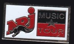 66827- Pin's. NRJ Music Tour .Radio.médias. - Mass Media