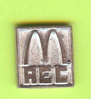 Pin's Mac Do McDonald's AEC (Argenté) - 7C27 - McDonald's