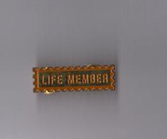 Pin's Harley Davidson / Insigne Life Member (double Attache) - Motorbikes