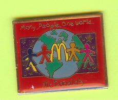 Pin's Mac Do McDonald's Many People One World - 8C03 - McDonald's