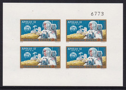 FEUILLET NEUF DE HONGRIE - APOLLO 12 N° Y&T PA 325 (ND) - Raumfahrt