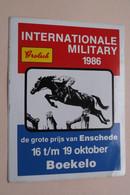 Int. MILITARY 1986 Grote Prijs Van ENSCHEDE / BOEKELO - Sticker / Zelfklever / Autocollant ( Zie Foto ) 11 X 14,5 Cm ! - Equitation