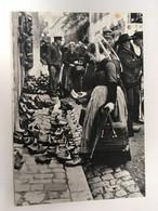 BRETAGNE D'HIER LE MARCHE AU SABOTS VERS 1925 - Bretagne