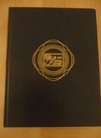 ALBUM 290X220 9 BANDES X 60 PAGES FOND BLANC TRES BON ETAT - Albums Met Klemmetjes