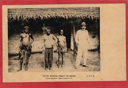 CPA: Centrafrique - Haute Sangha (Région De Sapoa) Chef Sapoa Et Types Yanghérés - Central African Republic