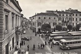 SARZANA-LA SPEZIA-PIAZZA MATTEOTTI E VIA BERTOLINI-AUTOBUS-PULMAN-BUS-CARTOLINA VERA FOTO-VIAGGIATA IL 7-3-1963 - La Spezia